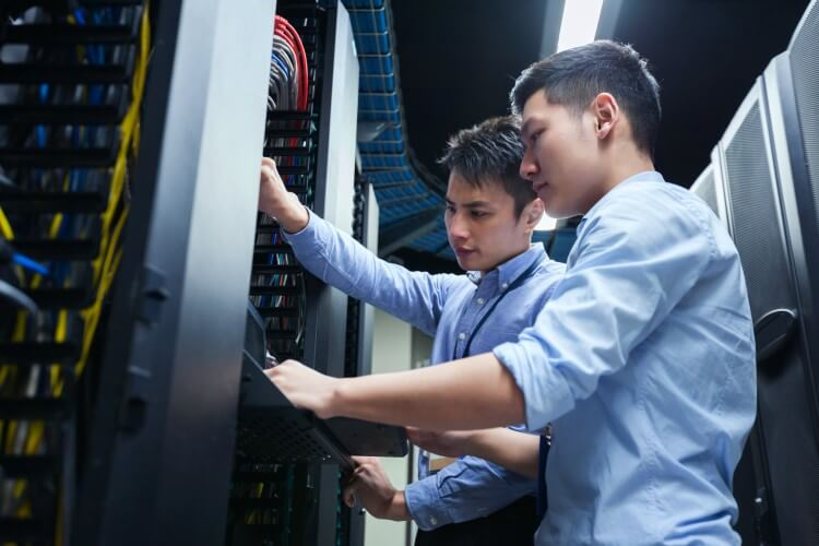 5 Common Business Challenges of Legacy Technology