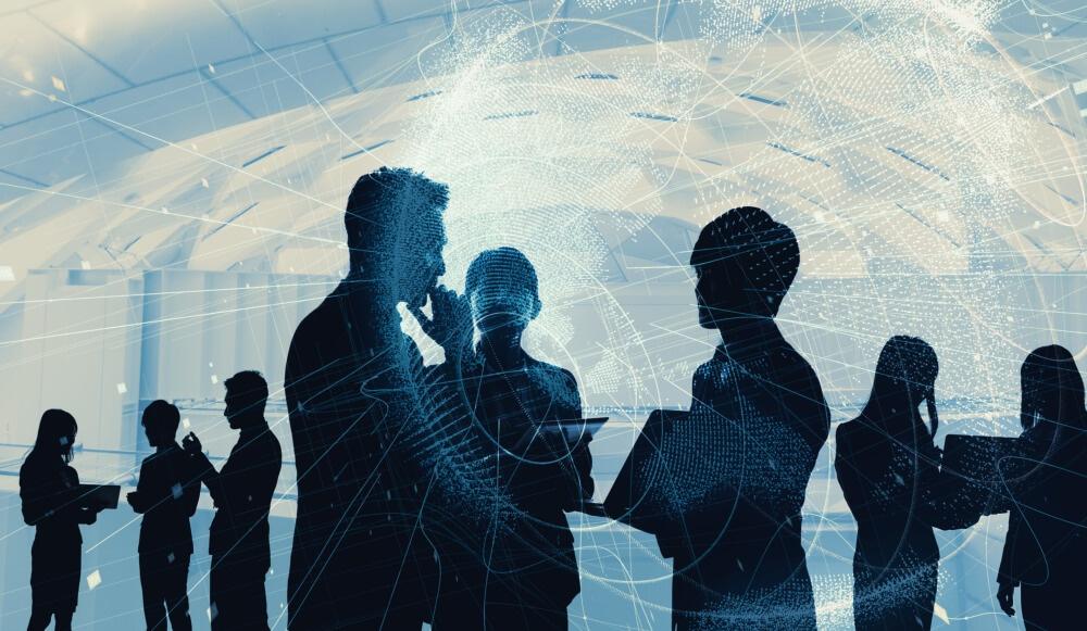 6 Hybrid Cloud Benefits That Maximize Business Efficiency