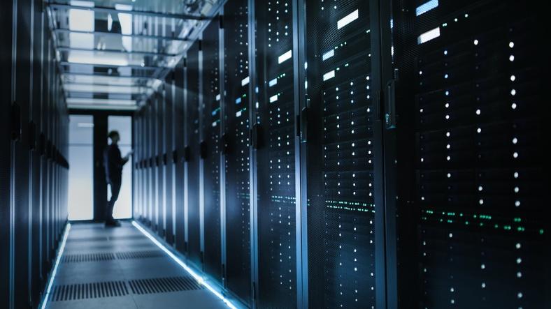 Mainframe vs. Server Farm The Right Choice for the Future.jpg